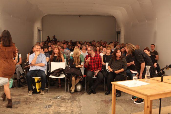 Das Publikum der Lesung.