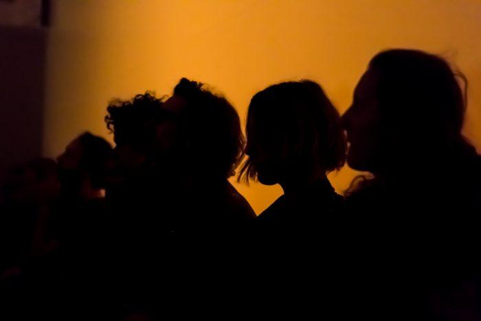 Schatten auf der Zeltwand. © Julian van Dieken